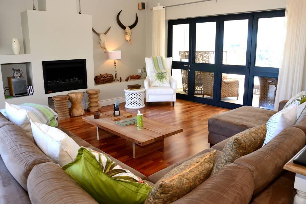 Sea House, Knysna group accommodation; The living area