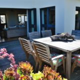 Sea House, Knysna group accommodation; On the sea-side, another area for food and company