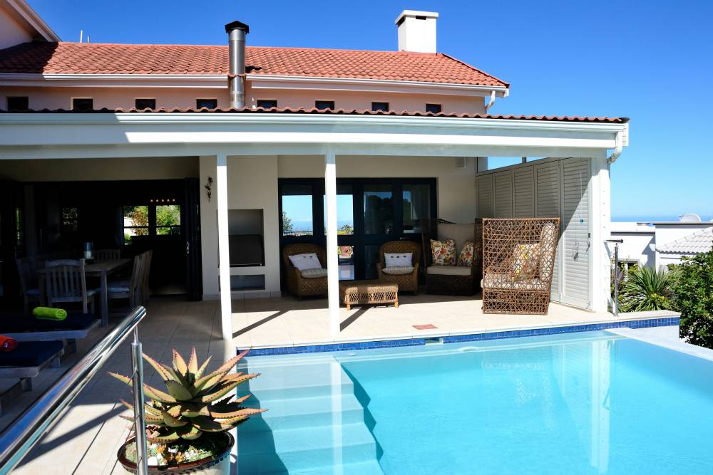 Sea House, Knysna group accommodation; Why not dive in?