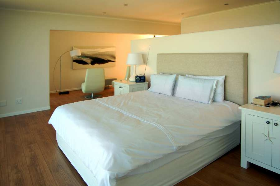Home by the Sea, Plettenberg Bay Seaside accommodation; Large and spacious - it's a great place to stay
