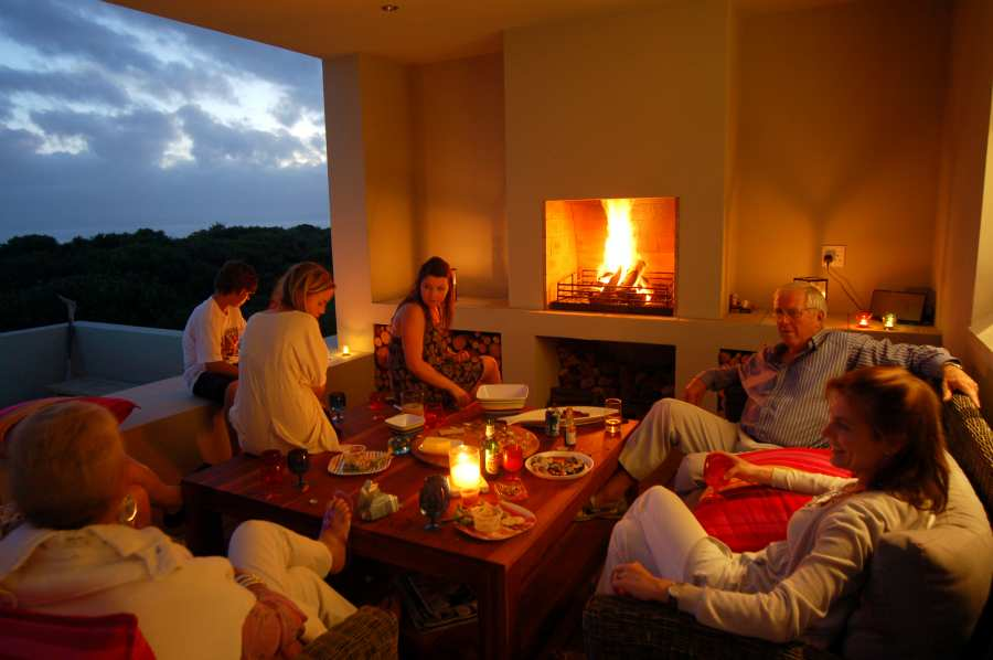 Home by the Sea, Plettenberg Bay Seaside accommodation; A great space to socialise in