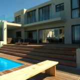 Home by the Sea, Plettenberg Bay Seaside accommodation; designed for the fun and on-the-beach living