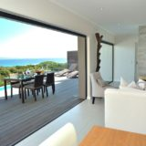 The house opens up onto the beautiful beach-front of Keurboomstrand