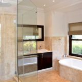 Villa Seaview, Knysna heads villa accommodation; The Master En-suite – all bathrooms are well-appointed