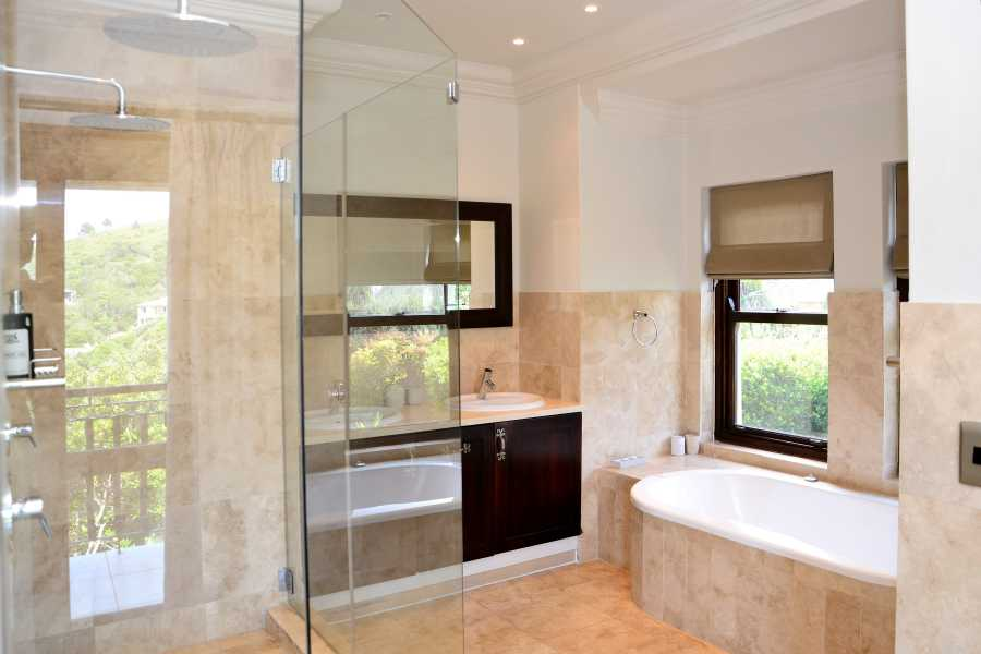 Villa Seaview, Knysna heads villa accommodation; The Master En-suite - all bathrooms are well-appointed