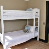 Villa Seaview, Knysna heads villa accommodation; Bedroom 5 has been designed with the young in mind