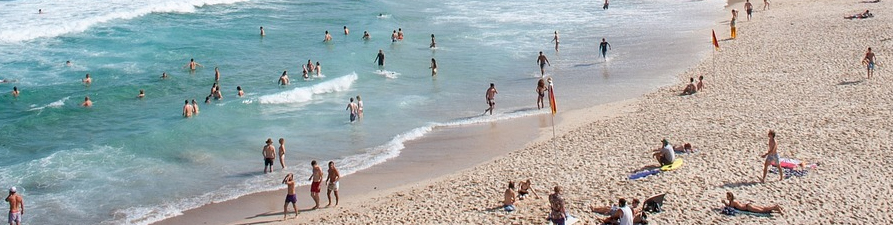 plettenberg bay ocean safety tips tides rip currents lifeguards safe swimming family beaches