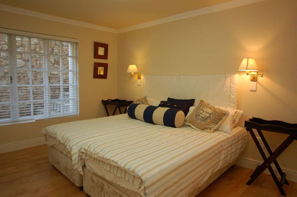 Craighross Castle, Noetzie Castle beach accommodation; Both Bedrooms 3 & 4 can be king or twin rooms