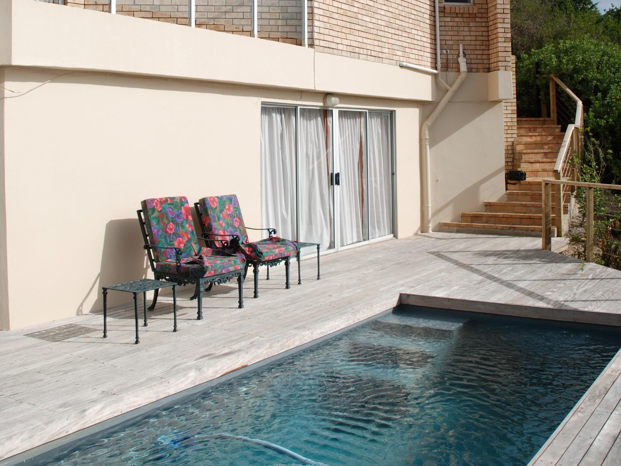 Eagle House, Knysna Heads Accommodation; The Swimming pool at Eagle House on The Heads