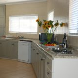 Eagle House, Knysna Heads Accommodation; The large and easy to work in kitchen