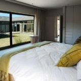 Blue Horizon, Knysna, Golf estate accommodation; Bedroom 4 with en-suite