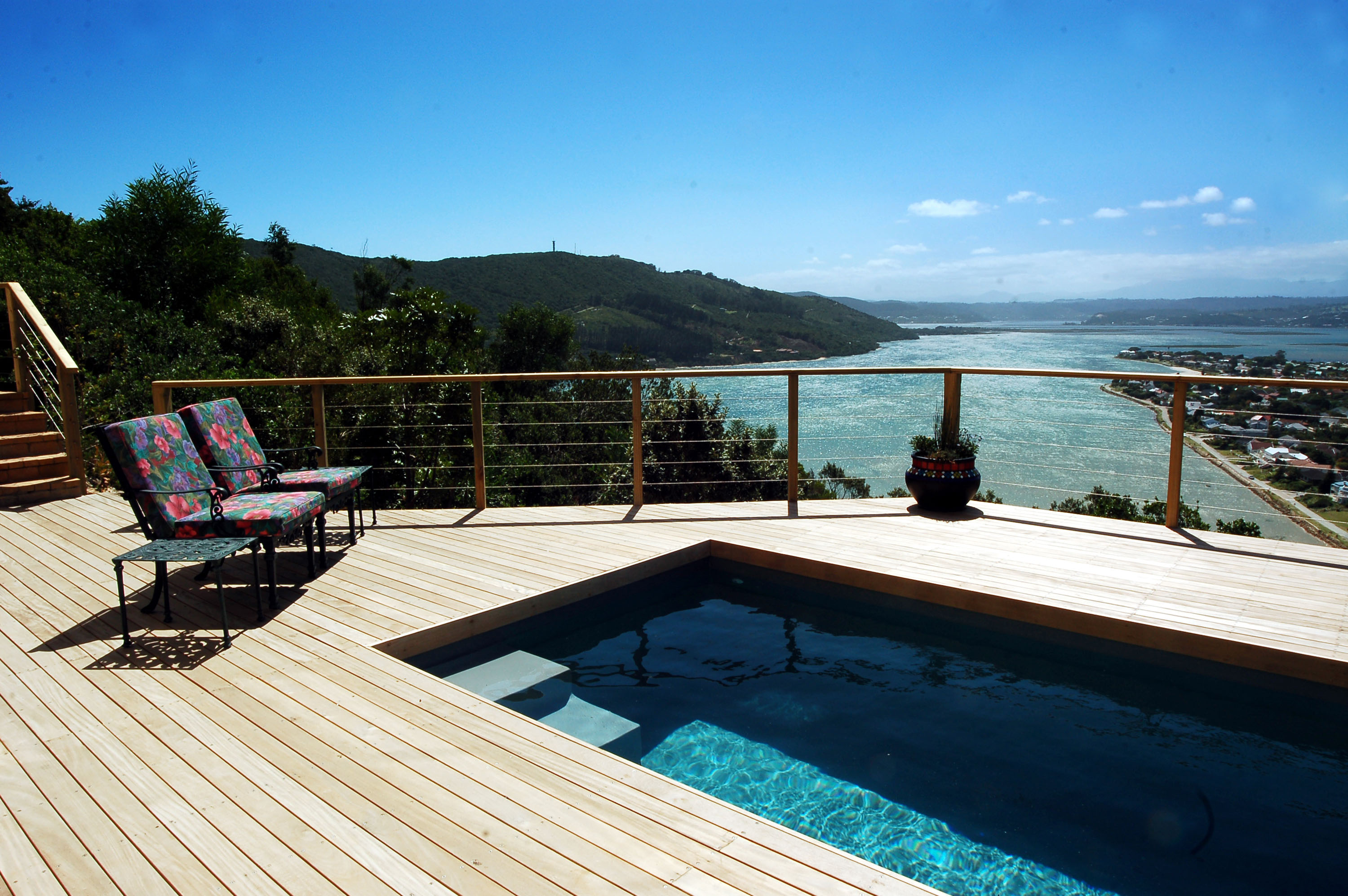 Eagle House, Knysna Heads Accommodation; Simply the best view in town!