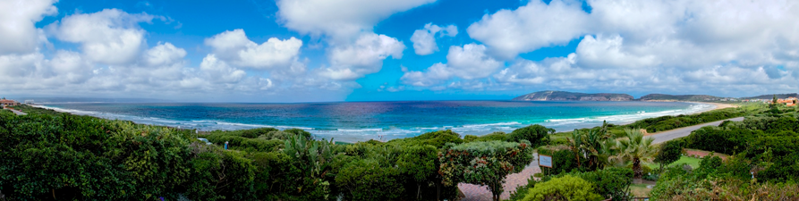 Plettenberg Bay is as picturesque as paradise; the unspoilt vegetation of Africa is a stunning backdrop to one of the best beaches in the world.