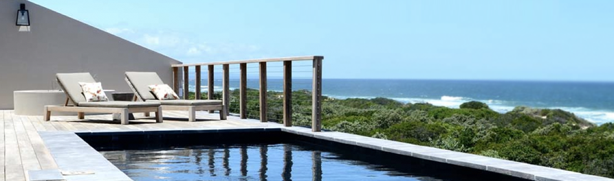 Luxury rental villas like Beachscape, can provide peace and tranquility both outside of the Garden Route peak season and during high season.