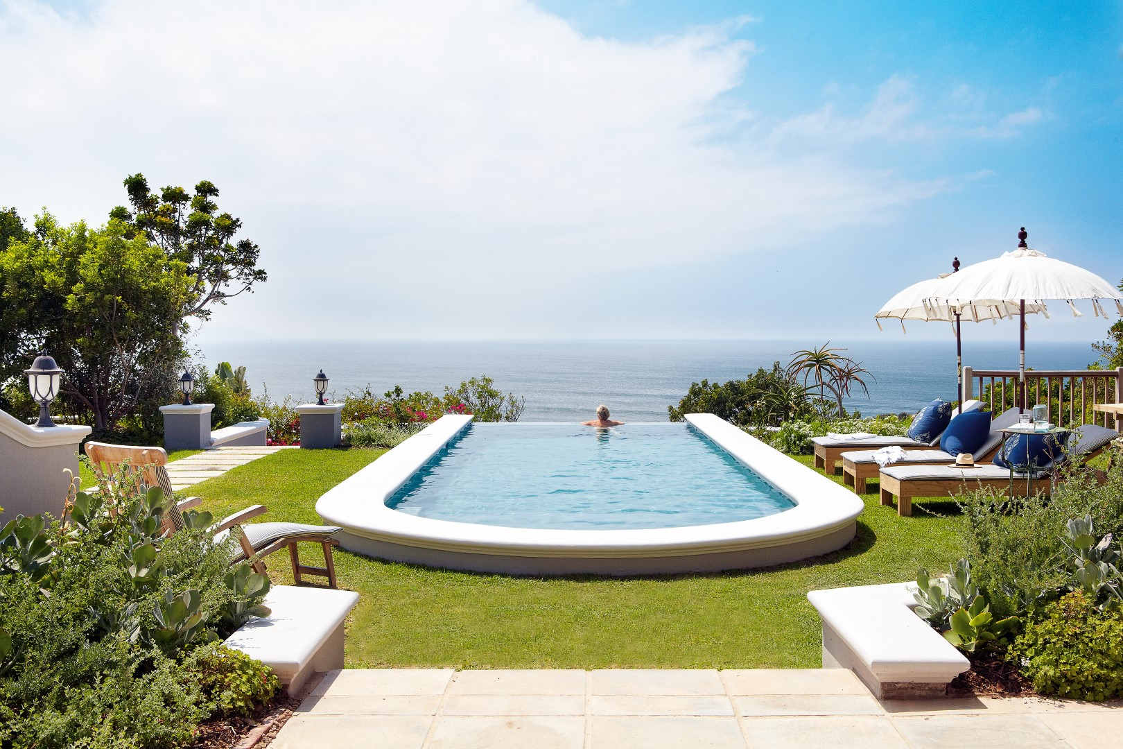 Luxury accommodation Plettenberg Bay, Stunning sea views from the Infinity pool at Lookout House