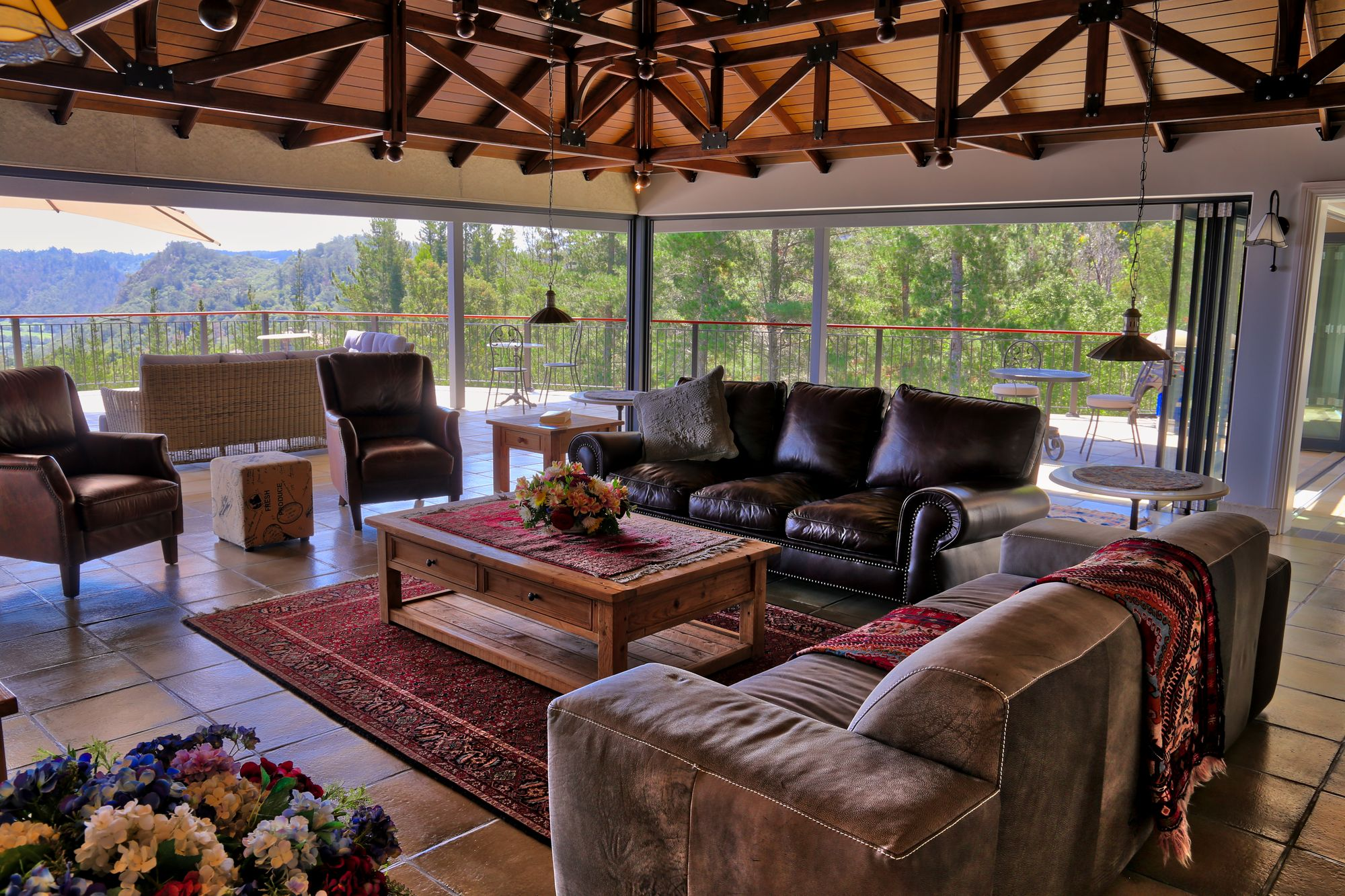 No 1 Riverclub, Simola, Golf Estate Accommodation, Penthouse Lounge area with 360 views