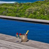 Beachscape, Plettenberg Bay Tranquility by the Ocean - champagne by the pool