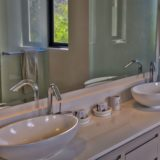 Beachscape, Plettenberg Bay Tranquility by the Ocean Master en-suite bathroom (4)