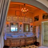 Lookout House, Master Bathroom