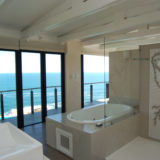Cliff House, Seaview Accommodation, Knysna, Master en-suite (4)