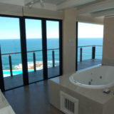Cliff House, Seaview Accommodation, Knysna, Master en-suite