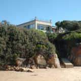 Beach Cove Villa, sea view accommodation Plett, from the beach towards the boardwalk