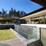 The Light House - Rim flow pool & garden